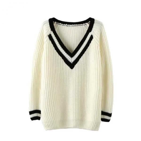 Loose V-neck long-sleeved knit sweater DF91309ES